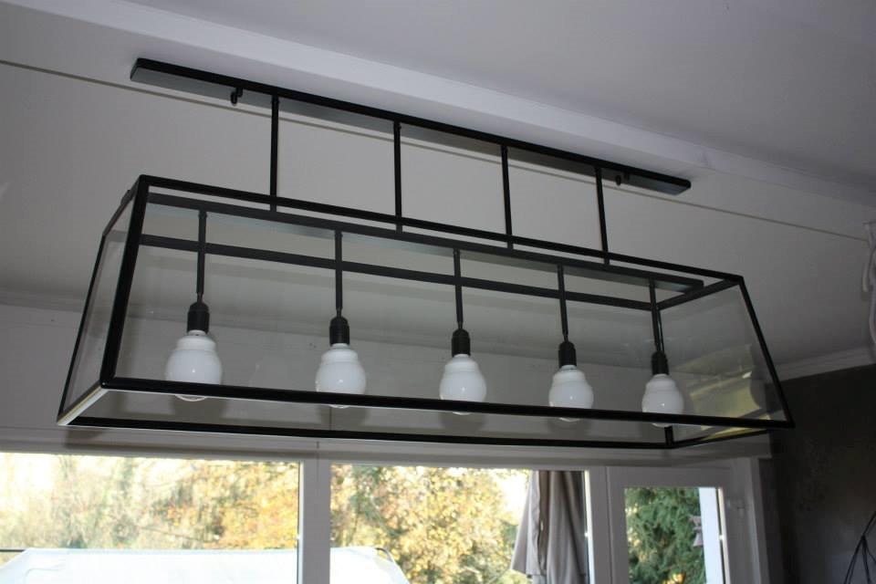 éclairage de salon ou salle à manger. pièce unique