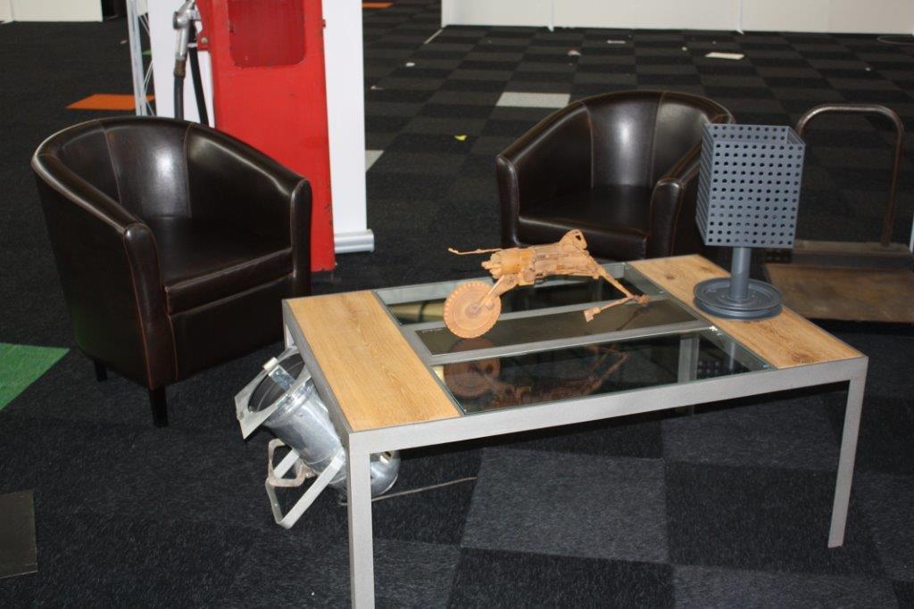 table de salon avec tablette en verre et en chêne